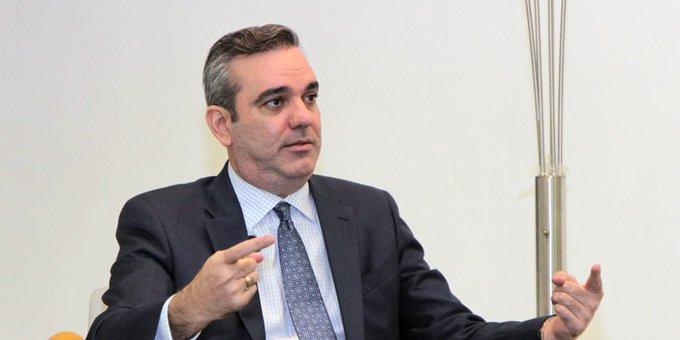 Luis Abinader presentaría al Congreso presupuesto complementario para relanzar la economía