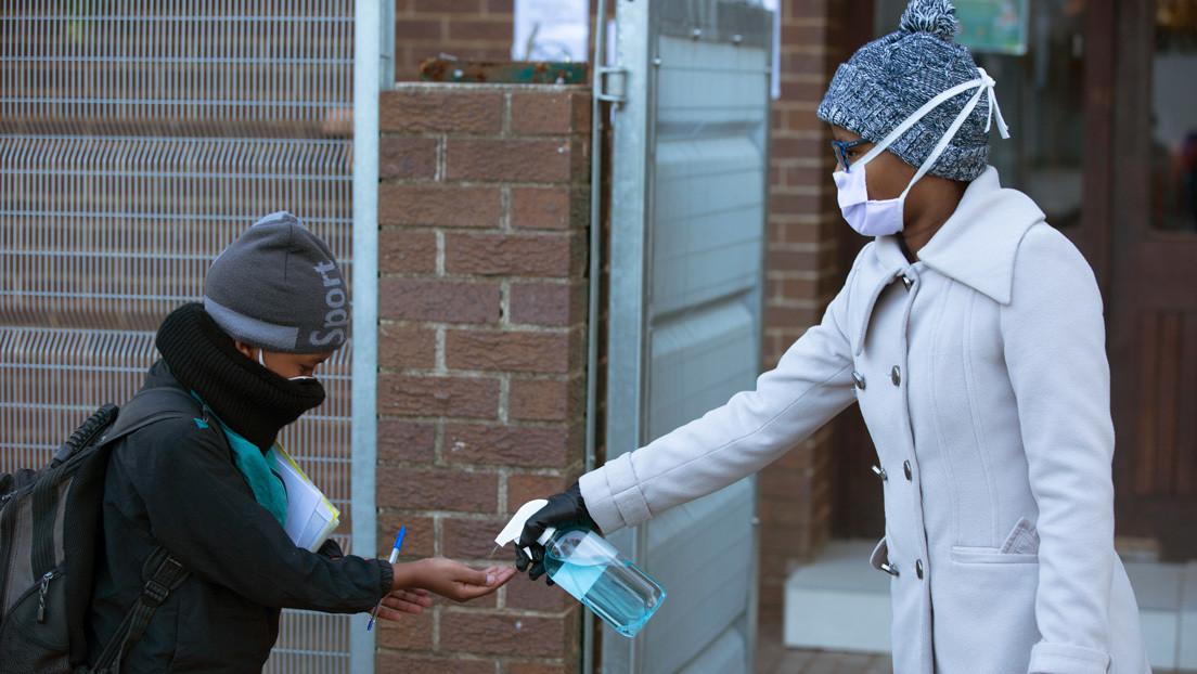 Sudáfrica prepara tumbas para enterrar 1,5 millones de potenciales víctimas del covid-19