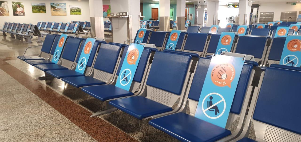 Suspenden pruebas rápidas para detectar COVID-19 a pasajeros en aeropuertos de RD