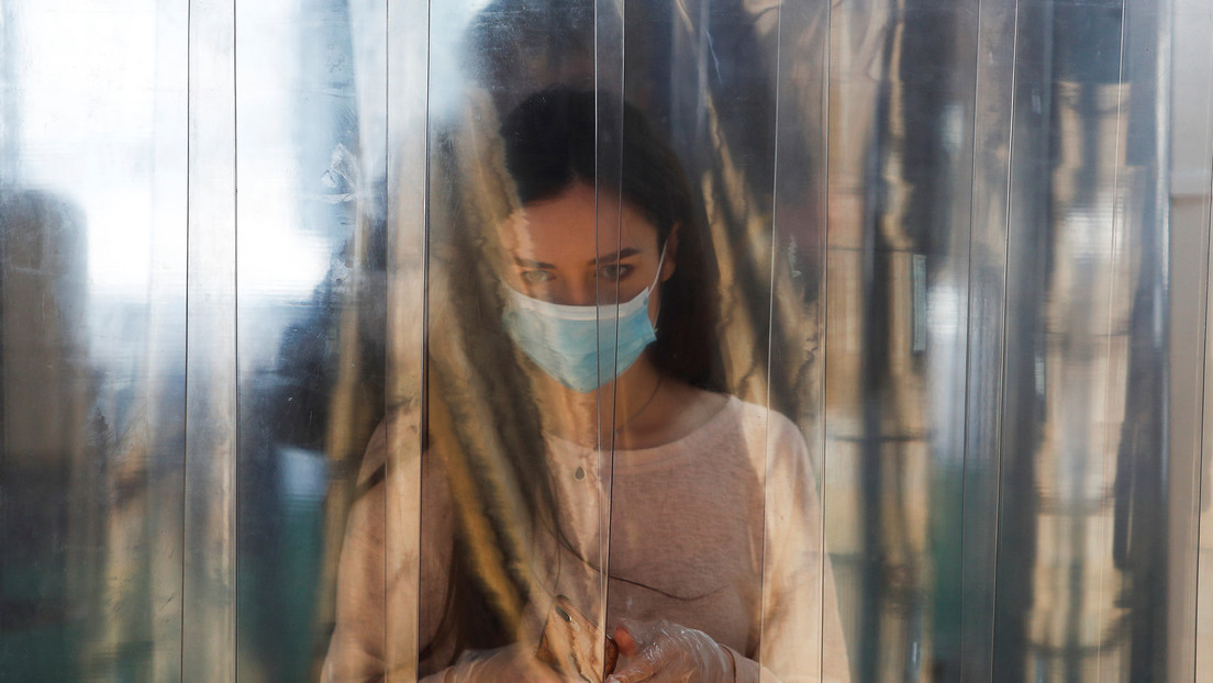 Cómo el ébola ayudó: director del centro que creó una vacuna rusa contra el covid-19 explica el proceso y cómo funciona