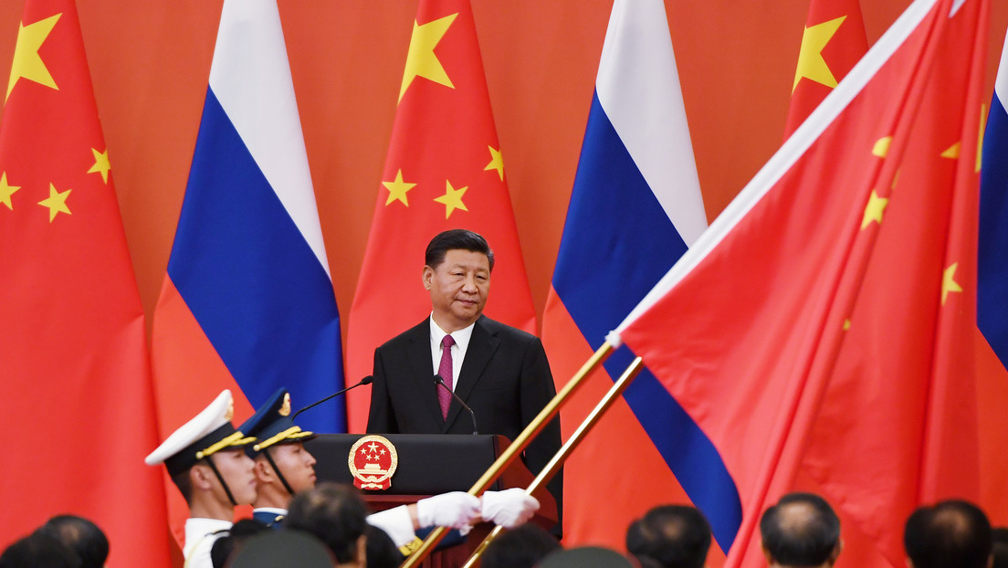 """Medios japoneses: China y Rusia desdolarizan su comercio para avanzar hacia una """"alianza financiera"""""""