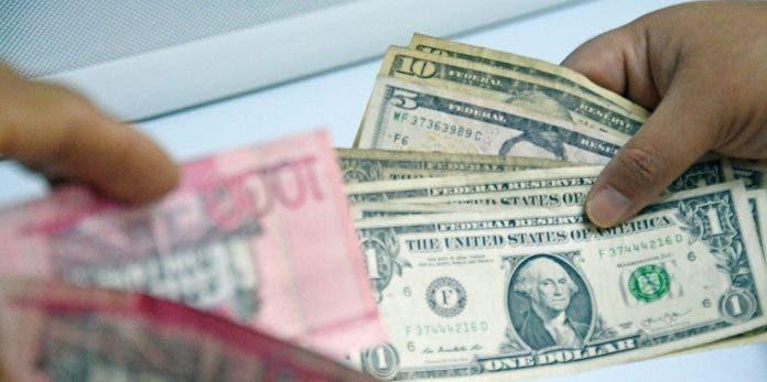 La economía cayó -7.1% en junio, pero avanza