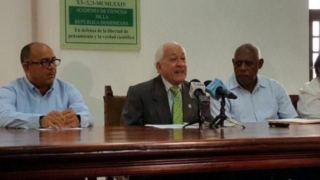 Academia de Ciencias saluda decisión de Medio Ambiente de cancelar permiso a proyecto en Bayahíbe