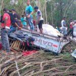 Al menos cinco muertos y tres heridos dejó accidente de tránsito en Barahona