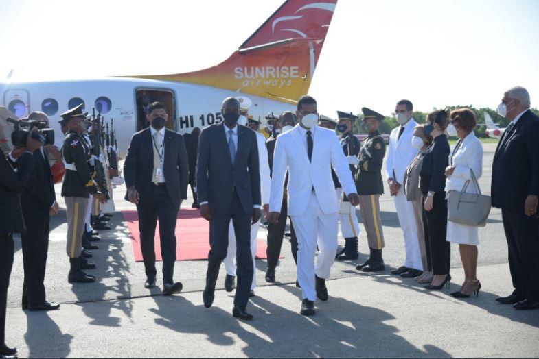Arriba a RD presidente de Haití para toma de posesión de Abinade