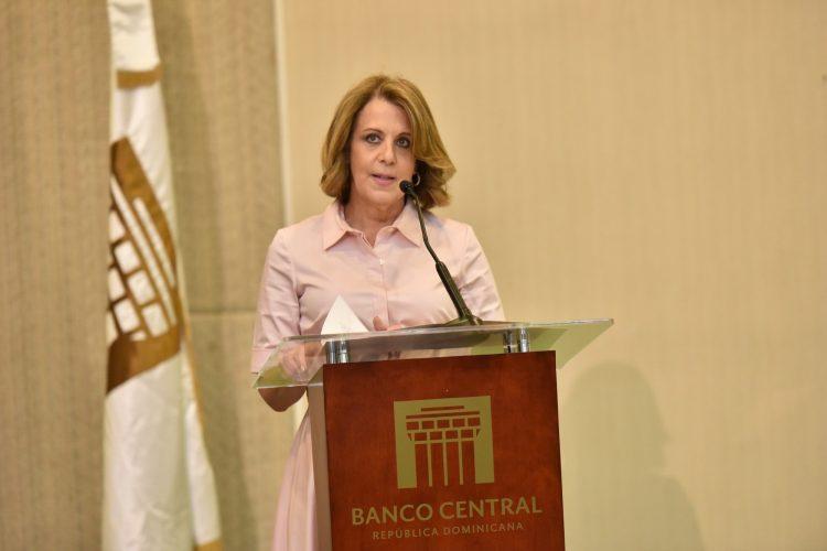 Abinader confirma a Clarissa de la Rocha como vicegobernadora del Banco Central