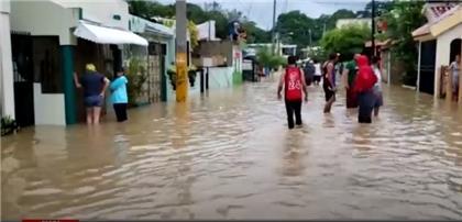 Decenas de viviendas inundadas en sector Santa Ana y barrio Azul