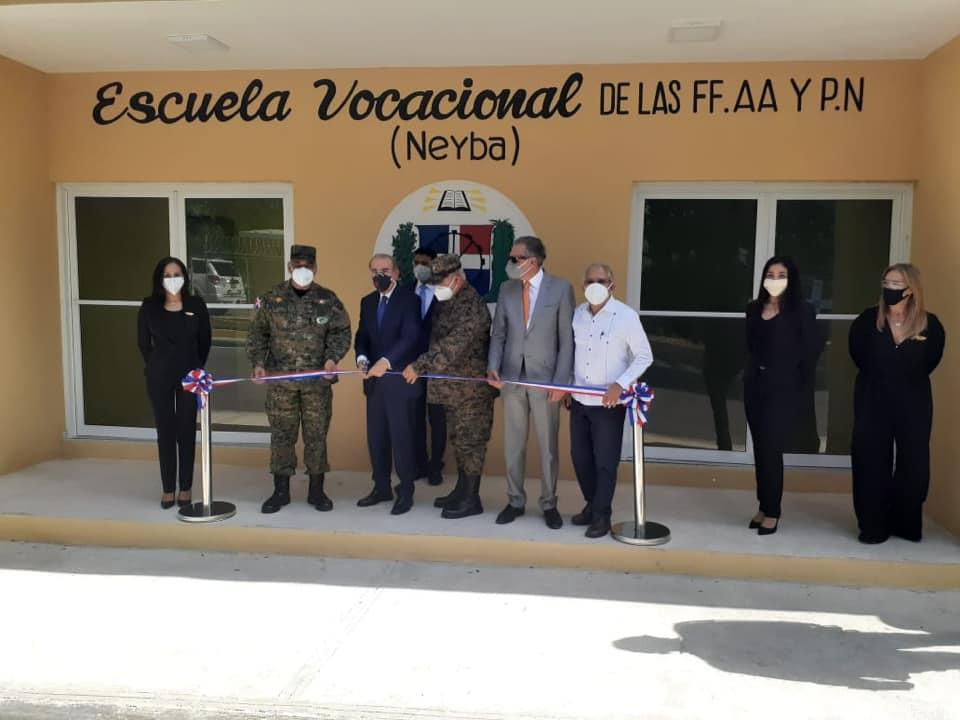 :El Ministerio de Defensa (MIDE) inauguró este jueves, una Escuela Vocacional de las Fuerzas Armadas y la Policía Nacional ,