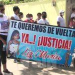 """""""Estamos Indignados"""" dice abuelo de la niña Liz María en marcha impedida por la PN"""