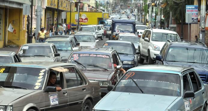 Gobierno eliminará carros de conchos para dar paso a sistema de transporte colectivo