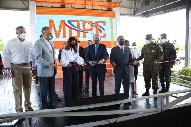Presidente Danilo Medina inaugura terminal de autobuses Santo Domingo Este