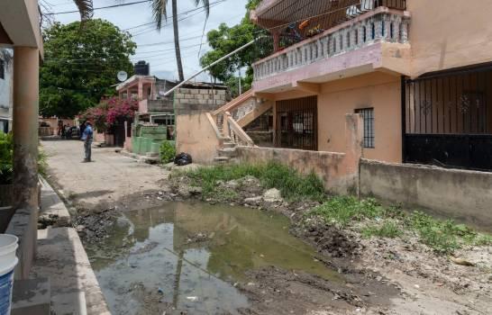 Demandan del alcalde Manuel Jiménez solución a problema de drenaje