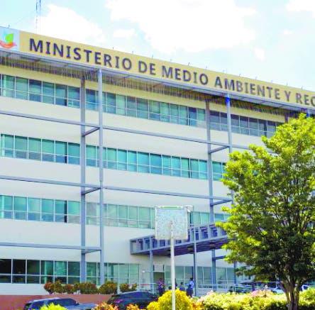 Descontentos en el PRM por cargos en Medio Ambiente