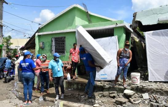 Plan Social entregó alimentos y enseres del hogar a damnificados por tormenta Isaías