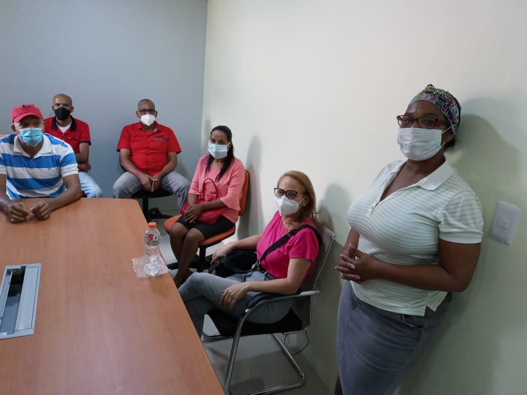 Pequeños comerciantes de San Cristóbal piden excluir grandes cadenas de programas del Gobierno