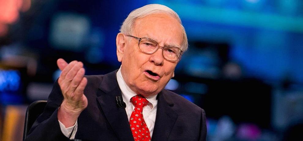 La firma de Warren Buffett pierde US$23,451 millones hasta junio