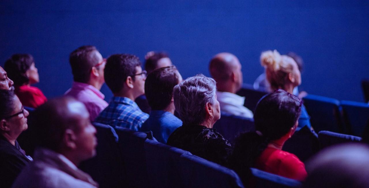 Nueva York sigue sin películas y cines continuarán cerrados por tiempo indefinido