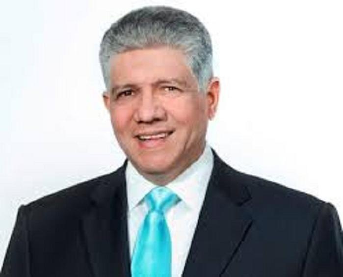 Presidente del Senado, Eduardo Estrella, positivo a COVID-19