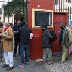 """""""Lo peor está aún por venir"""": Otros 176 millones de personas podrían caer en la pobreza tras la pandemia, advierte un experto de la ONU"""