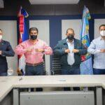 Alcaldía SDN y CAASD suscriben convenio donación de terreno para construcción de plaza a buhoneros en Los Guaricanos
