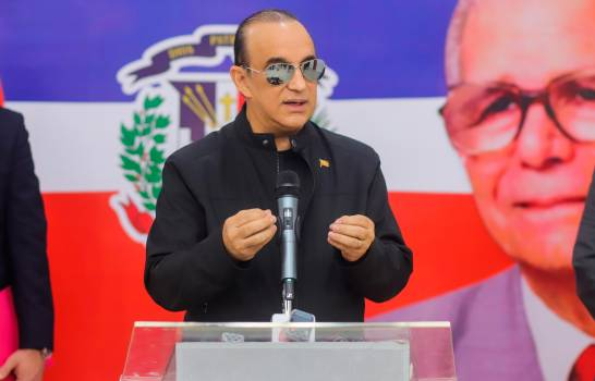 Antún Batlle denuncia libros escolares tienen distorsión sobre historia dominicana