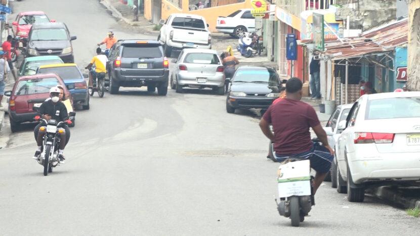 Moradores en Los Tres Brazos aún en el limbo; solicitan ayuda a Abinader