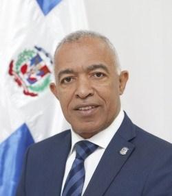 Bertico Santana es escogido presidente de la Comisión de Hacienda de la Cámara de Diputados