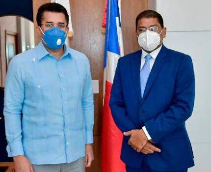 Ministro de Turismo acuerda agenda de trabajo con Adompretur en temas de prensa y turismo