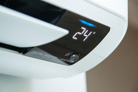 Conozca las tecnologías de reducción de consumo energético de los aires acondicionados Wind-Free™ de Samsung