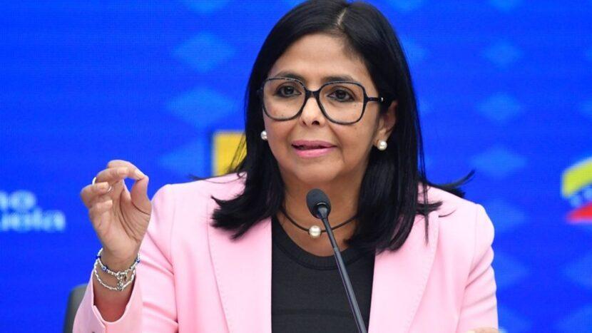 Maduro entrega a Delcy Rodríguez el Ministerio de Economía y Finanzas