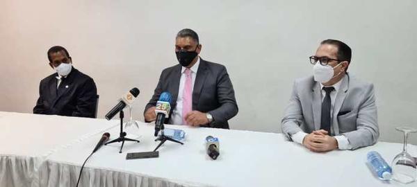 Durante visita a la ACIS; Ministro de Interior y Policía confía se logrará seguridad dominicanos