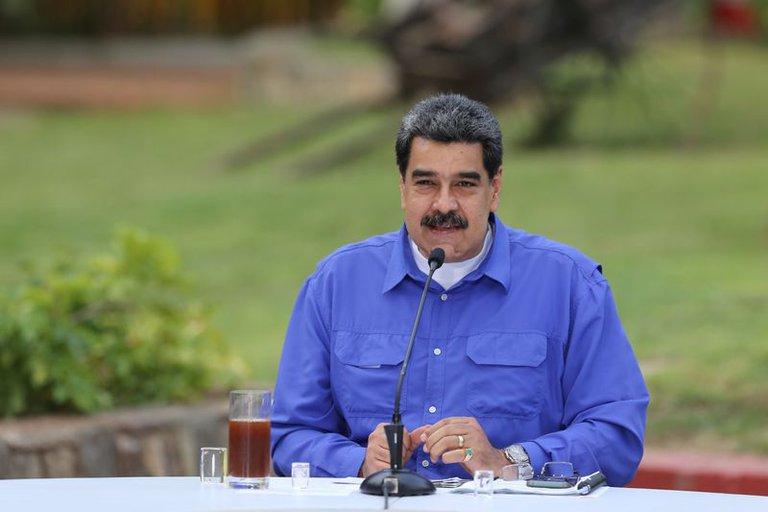 El dictador Nicolás Maduro sugirió administrar la vacuna rusa contra el COVID-19 a los candidatos inscritos en las elecciones parlamentarias