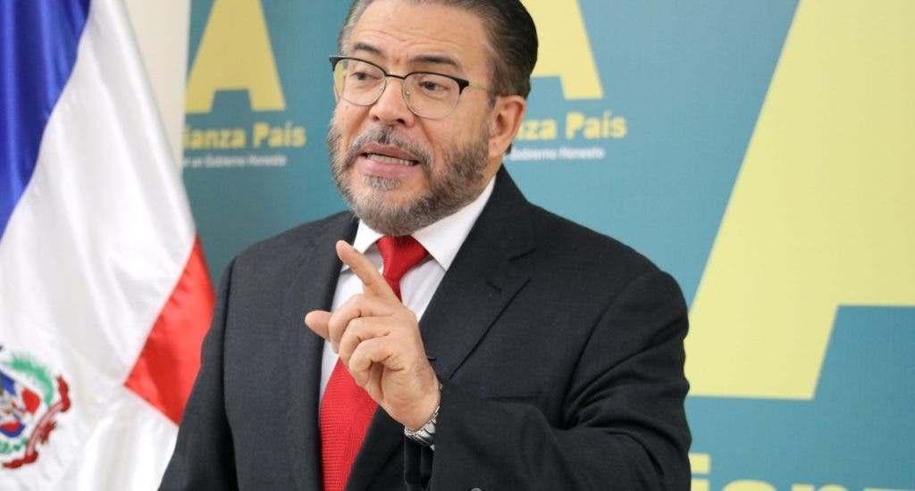 """Guillermo Moreno: """"gobierno de Abinader tenía otras opciones antes que endeudar más al país"""""""