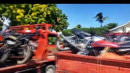 Incautan cuarenta motocicletas y tres camiones utilizados para tráfico de ilegales haitianos