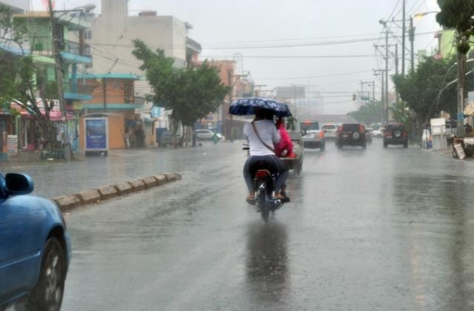 Meteorología pronostica aguaceros y tronadas en varias provincias