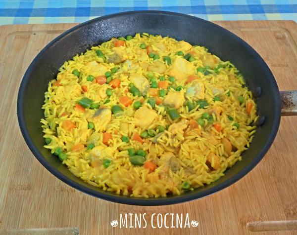 Receta de Paella de verduras y salmón