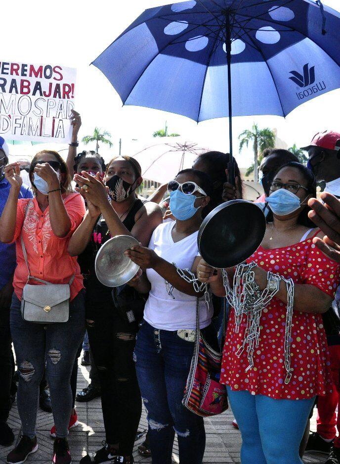 OJO: Abogados, juntas de vecinos y comerciantes protestan Palacio