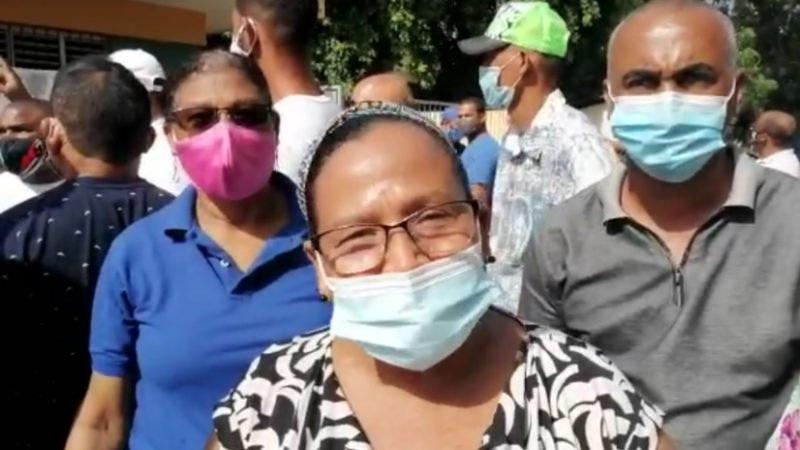 """Perremeístas """"prenderán"""" municipio Villa González; dicen los desconsideran con empleos"""