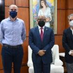 Pacheco recibe visita ejecutivos Cerveceria Nacional Dominicana