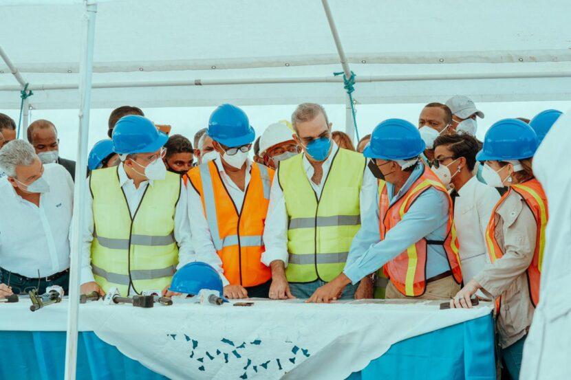 Presidente Luis Abinader y Director Ejecutivo de Autoridad Portuaria Jean Luis Rodríguez se comprometen a desarrollar el potencial del Puerto de Manzanillo