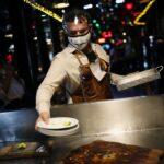 El gobierno de EEUU advirtió que los restaurantes siguen siendo los lugares más peligrosos para el contagio de COVID-19