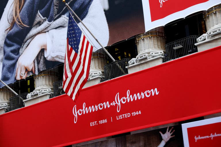 La vacuna de Johnson & Johnson comenzó la fase 3 con el ensayo más grande del mundo: 60 mil voluntarios