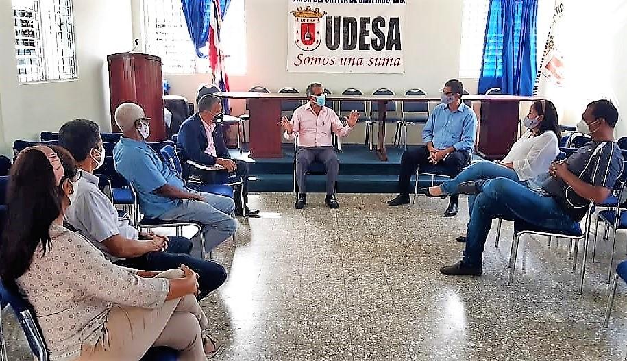 UDESA recibe Juan Vila, director de desarrollo deportivo región norte, agradece su solidaridad