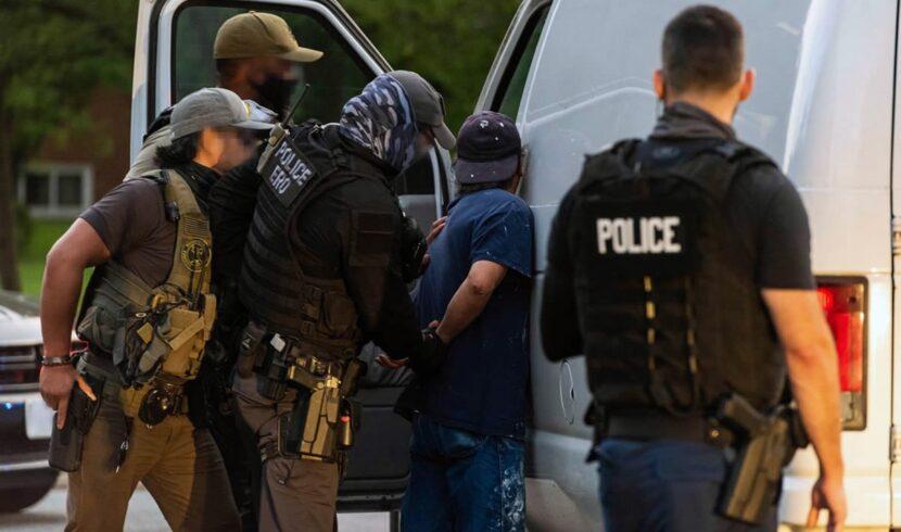Seis dominicanos arrestados en redadas de ICE en Nueva Jersey por delitos de robo, agresión sexual y violencia doméstica
