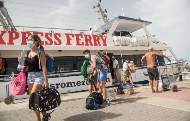 La patronal mundial del turismo elogia a España por hacer PCR en aeropuertos