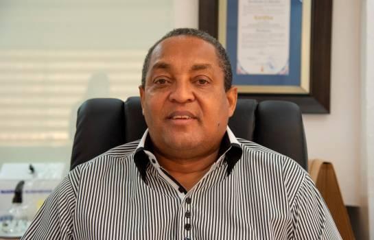 Alcalde de Santo Domingo Oeste, decidido a recuperar los espacios públicos