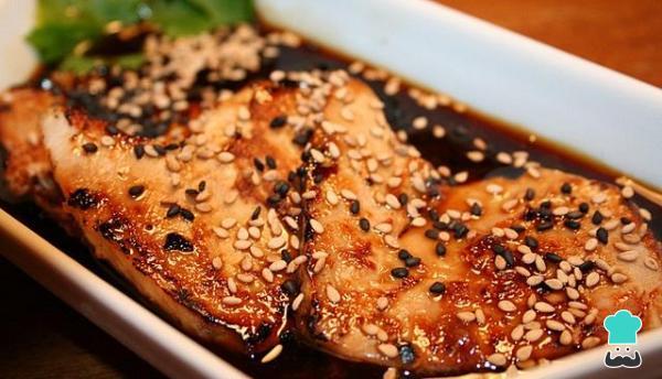 Receta de Atún con salsa teriyaki y sésamo