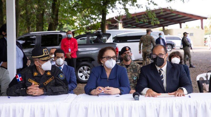 Autoridades incineran más de 800 kilogramos de drogas incautadas en operativos