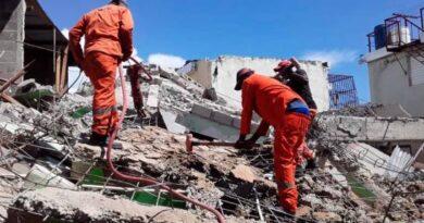 Ocho heridos es el resultado preliminar tras derrumbarse edificio de 2 niveles en Los Mameyes