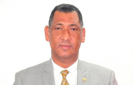 Denuncia cónsules dominicanos en Haití hacen negocios con expedición de visas